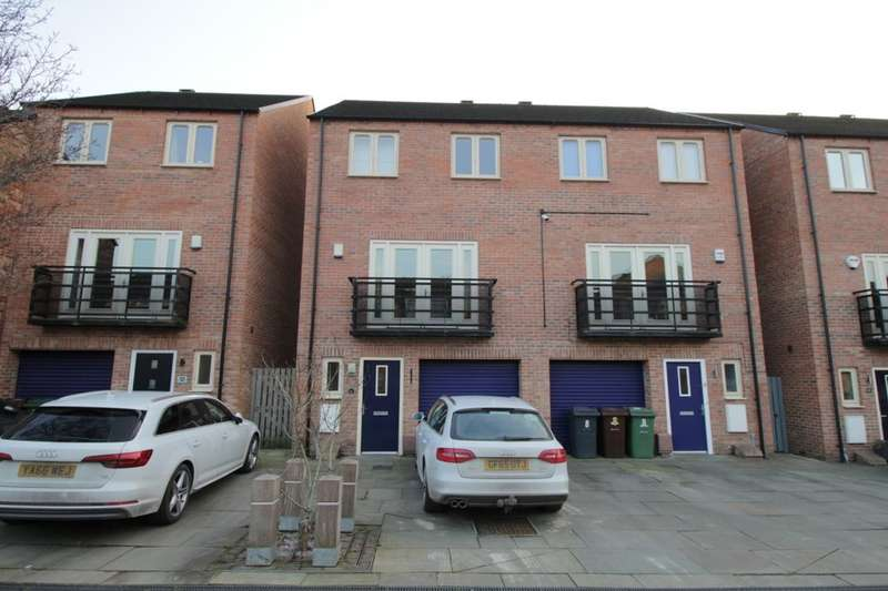 4 Bedrooms Semi Detached House for sale in Sirocco Avenue, Allerton Bywater, Castleford, WF10
