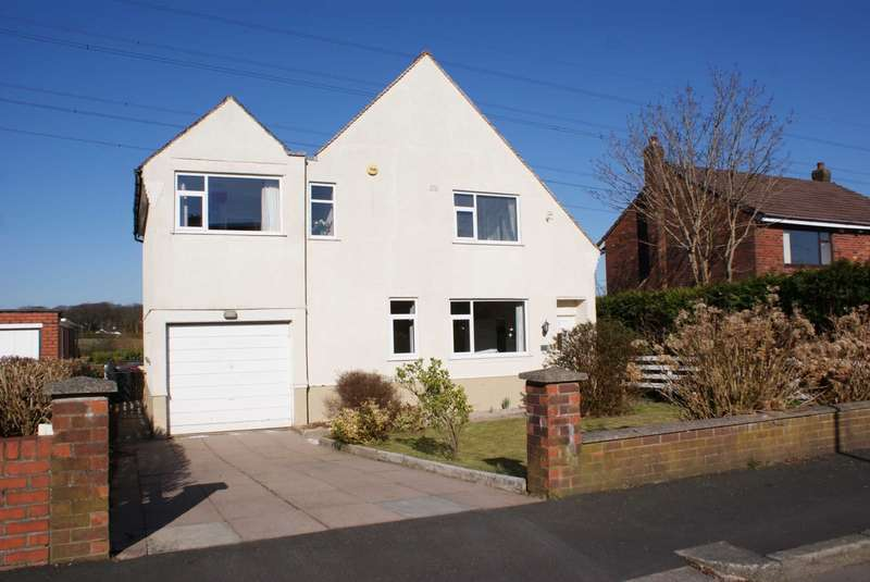4 Bedrooms Detached House for sale in Dovedale Road, Breightmet