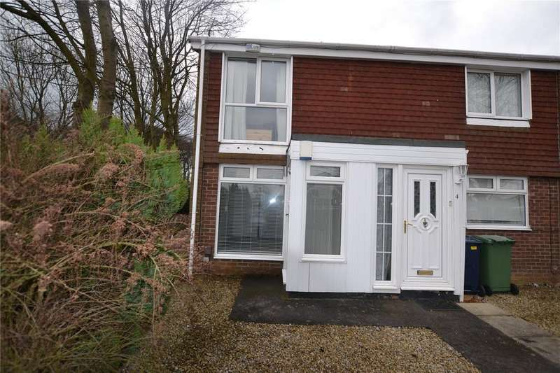 2 Bedrooms Flat for rent in Membury Close, Moorside, Sunderland, SR3