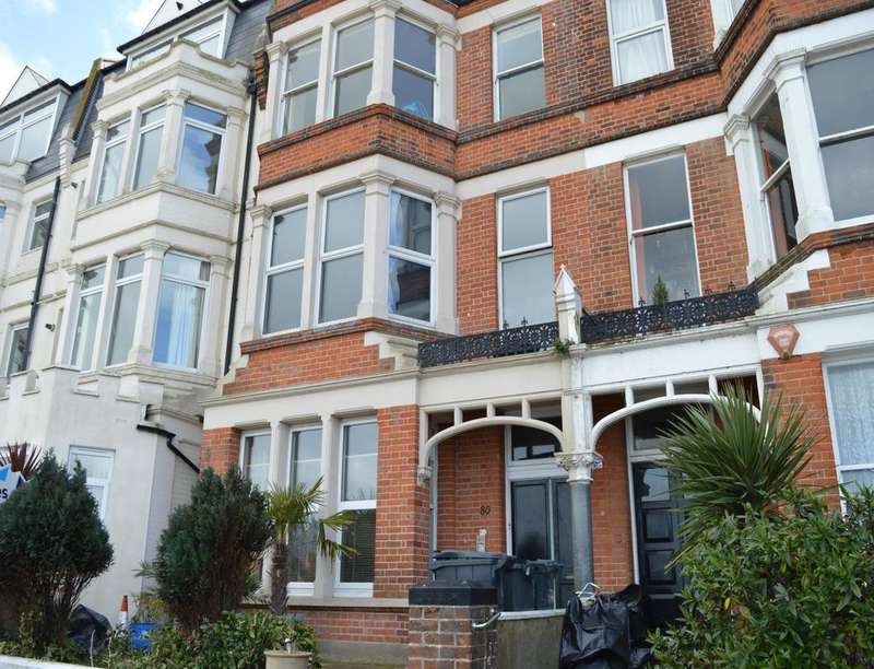 3 Bedrooms Flat for sale in Eastern Esplanade, Cliftonville, Margate, CT9