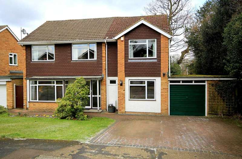 4 Bedrooms House for sale in EXTENDED 4 BED IN LEVERSTOCK GREEN CUL DE SAC