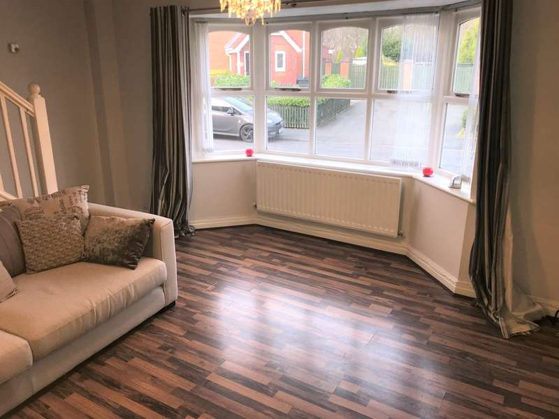 3 Bedrooms Semi Detached House for sale in Horseshoe Drive, Fazakerley, Liverpool, L10