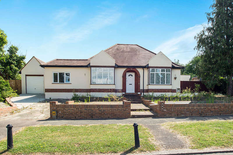4 Bedrooms Detached Bungalow for sale in Woodend, Sutton, SM1