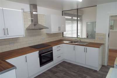 5 Bedrooms Semi Detached House for rent in Western Boulevard, NG8 3NX