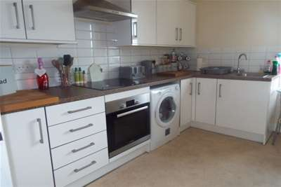 1 Bedroom Flat for rent in Castle Place, Abergele