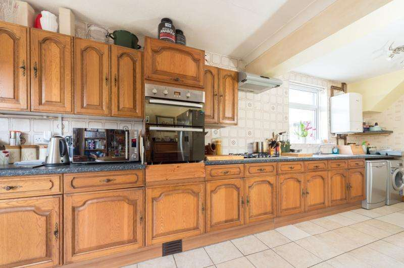 3 Bedrooms Semi Detached House for sale in Marsh Lane, Headington, Oxford, Oxfordshire