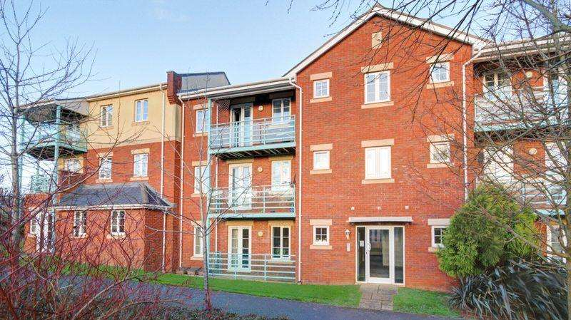 2 Bedrooms Flat for sale in Kings Heath, Exeter