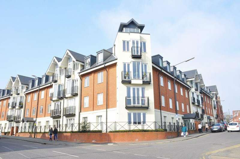 2 Bedrooms Apartment Flat for sale in London Road, St Albans, AL1