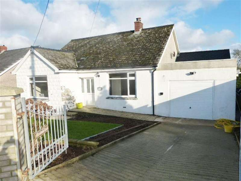 3 Bedrooms Bungalow for rent in Kiln Park Road, Narberth, Pembrokeshire