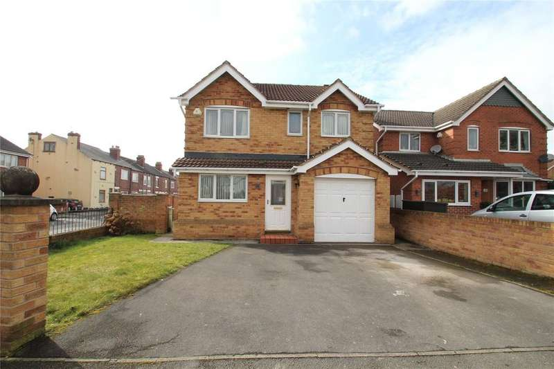 4 Bedrooms Detached House for sale in Chestnut Close, Featherstone, West Yorkshire, WF7