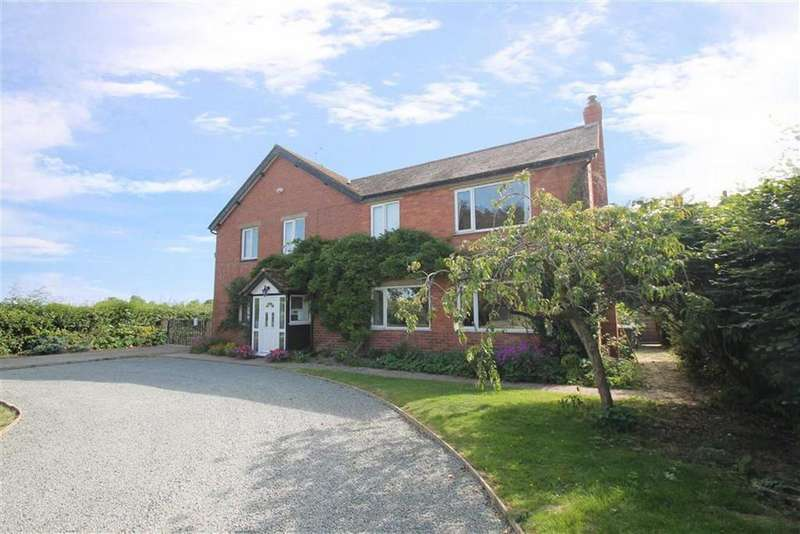 5 Bedrooms Detached House for sale in MORTIMERS CROSS, Kingsland, Herefordshire