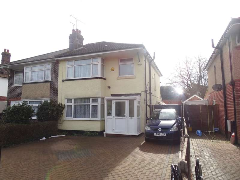 3 Bedrooms Semi Detached House for sale in Upper Brownhill Road, Southampton, Hampshire