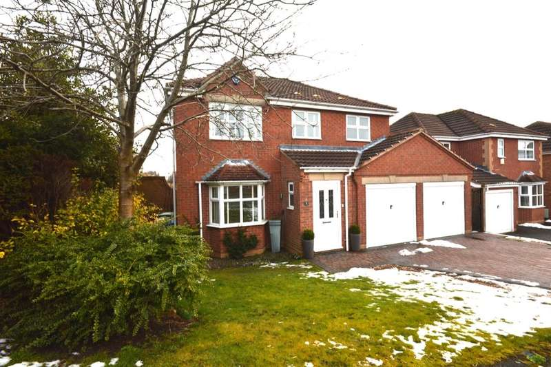 4 Bedrooms Detached House for sale in Ladywood Drive, Chesterfield, S41
