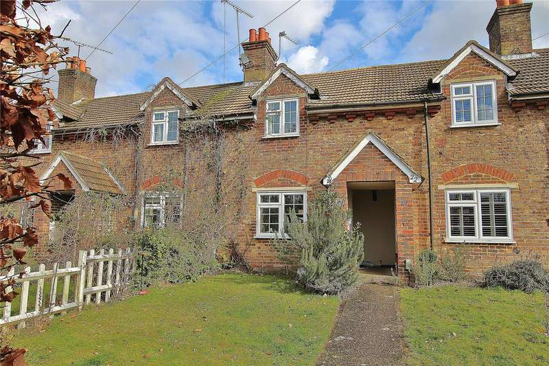 2 Bedrooms Terraced House for sale in Wellington Terrace, Victoria Road, St Johns, Surrey, GU21