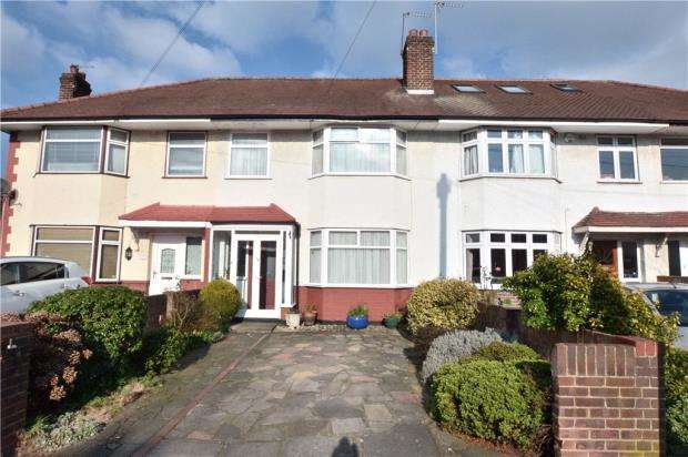 3 Bedrooms Terraced House for sale in Widmore Road, Hillingdon