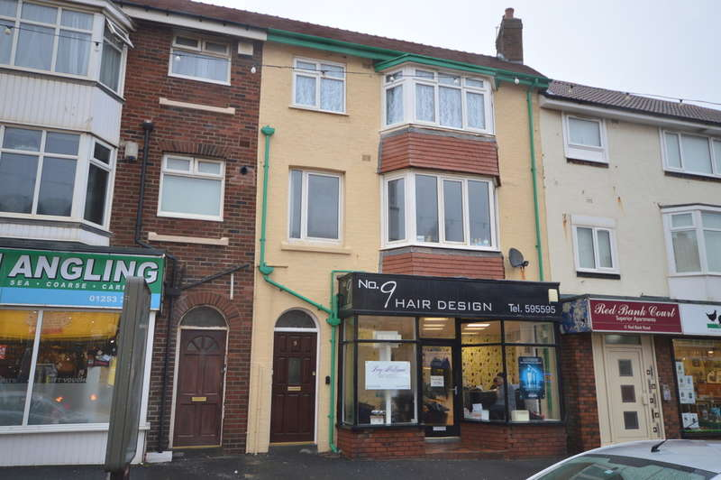 2 Bedrooms Flat for sale in Red Bank Road, Bispham