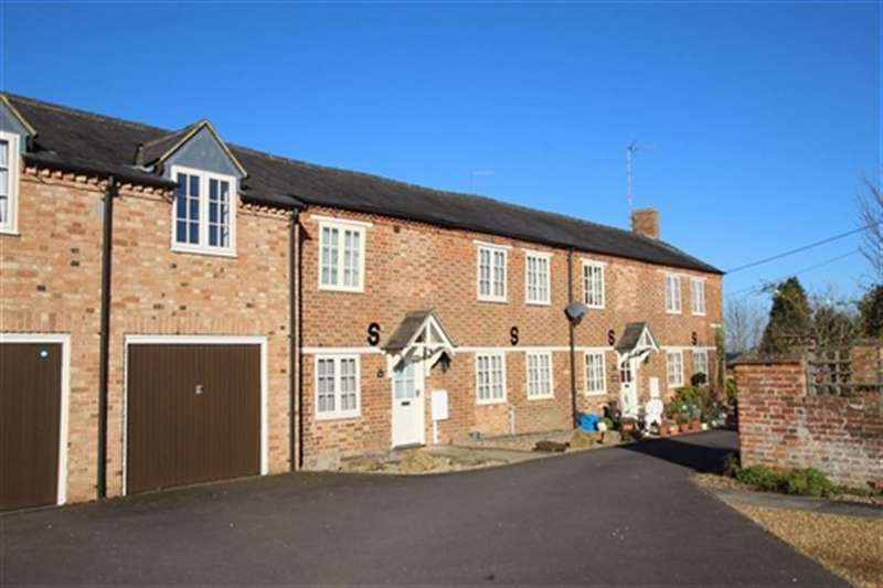 2 Bedrooms Cottage House for rent in Paradise Row, Church Street, Silverstone, Northants