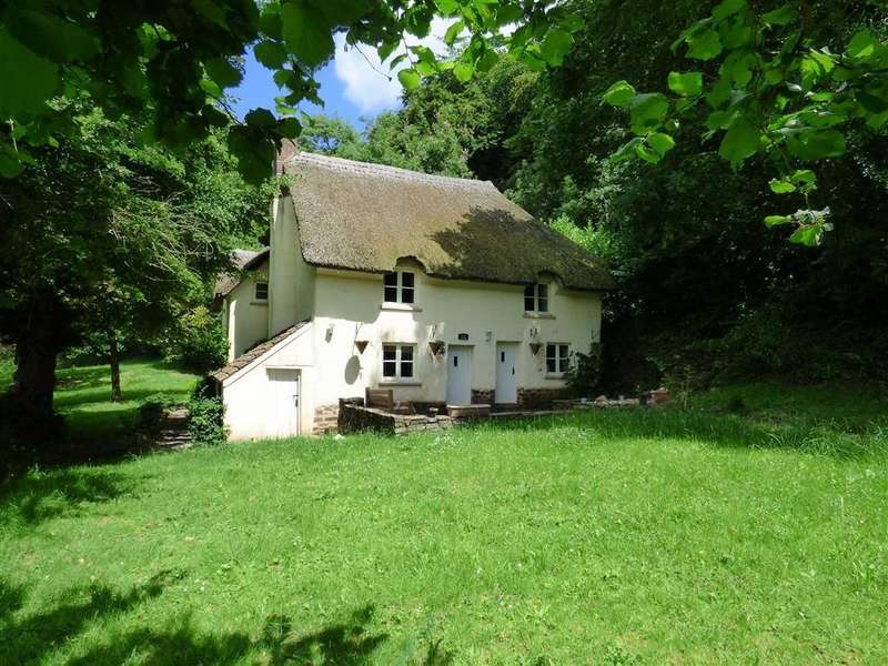 4 Bedrooms Detached House for rent in Venn Cottage, Exeter, EX5