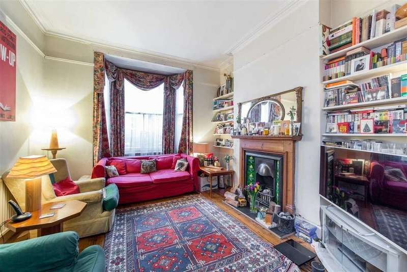 3 Bedrooms Terraced House for sale in Alexander Road, Upper Holloway, London