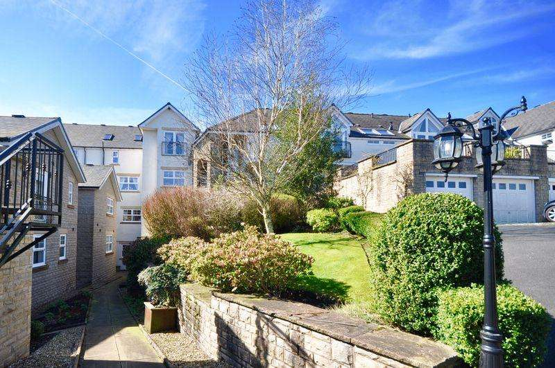 4 Bedrooms Mews House for sale in The Rhyddings, Birtle, Bury