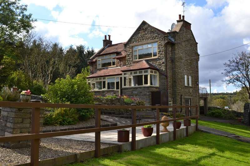 4 Bedrooms Detached House for sale in Whitby Road, Cloughton, Scarbarough YO13