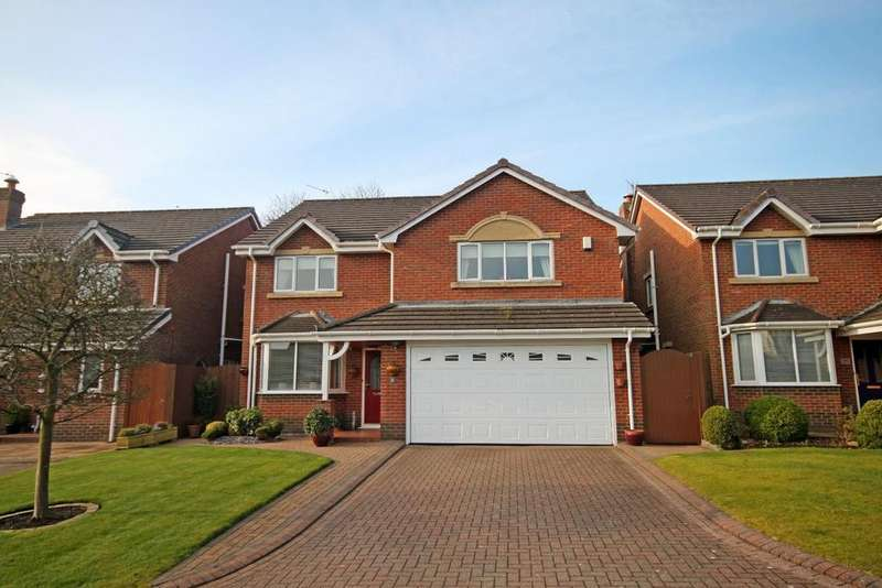 4 Bedrooms Detached House for sale in Woodlands Close, Southport