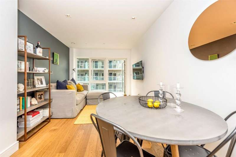 1 Bedroom Apartment Flat for sale in Dashwood House, Dickens Yard, Ealing Broadway, London, W5