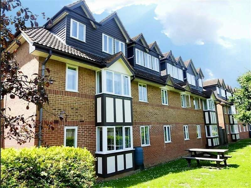1 Bedroom Flat for sale in Everett Court, Radlett, Hertfordshire