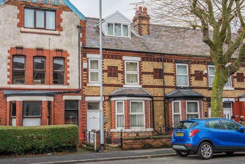 Terraced House for sale in Wilderspool Causeway, Warrington