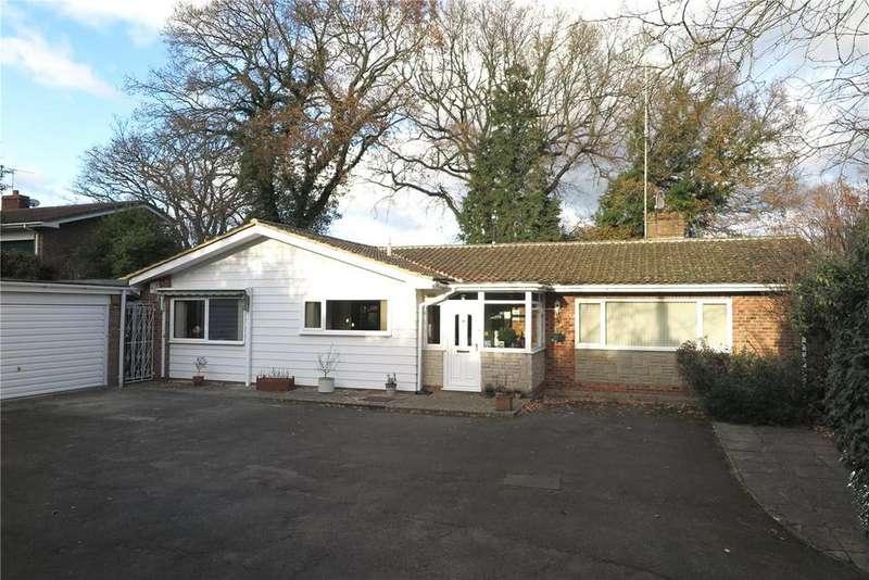 4 Bedrooms Detached Bungalow for sale in Jubilee Lane, Wrecclesham, Farnham, Surrey, GU10