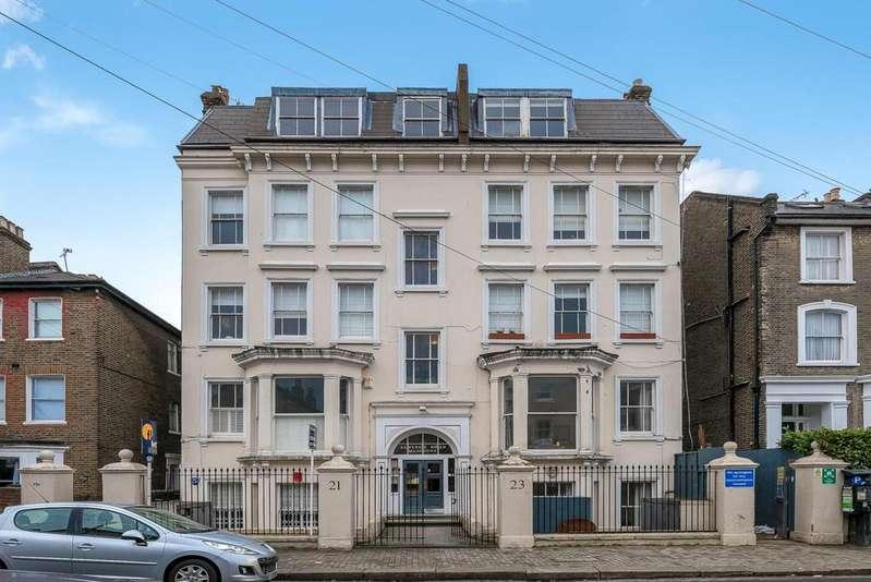 3 Bedrooms Apartment Flat for sale in ELSYNGE ROAD, SW18