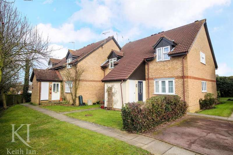 1 Bedroom Maisonette Flat for sale in Larksfield, Ware - Option to extend the lease!