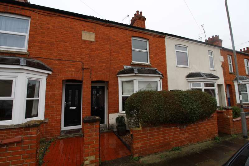 2 Bedrooms Terraced House for sale in Windsor Street, Bletchley, Milton Keynes, Buckinghamshire