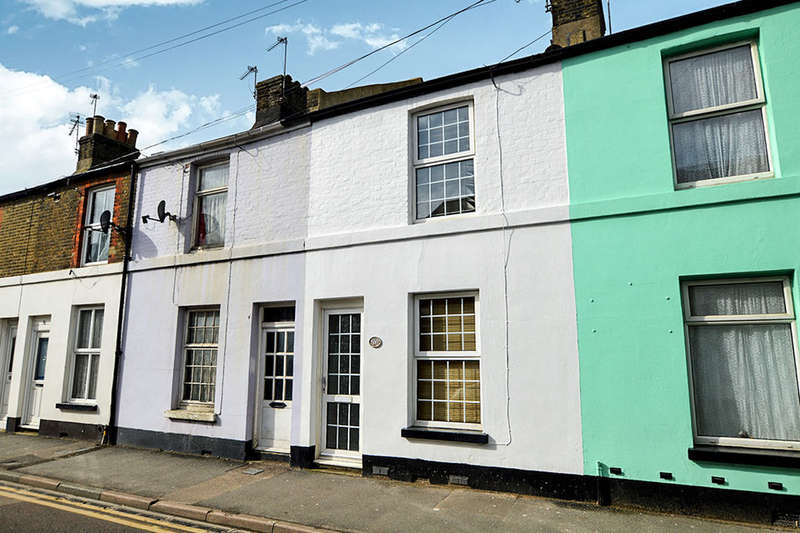 2 Bedrooms Property for rent in Western Road, Deal, CT14