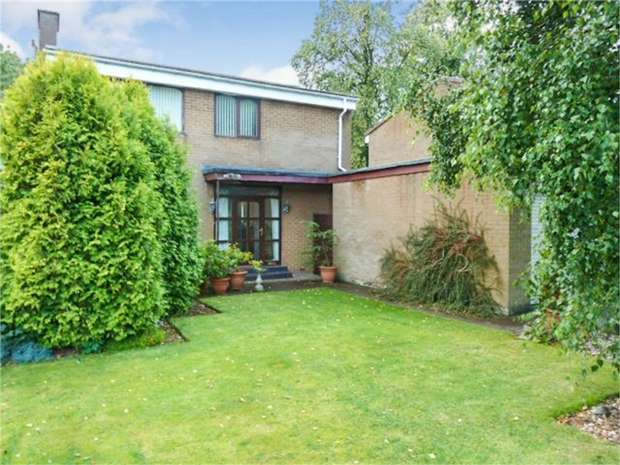 3 Bedrooms Detached House for sale in The Grove, Houghton le Spring, Tyne and Wear