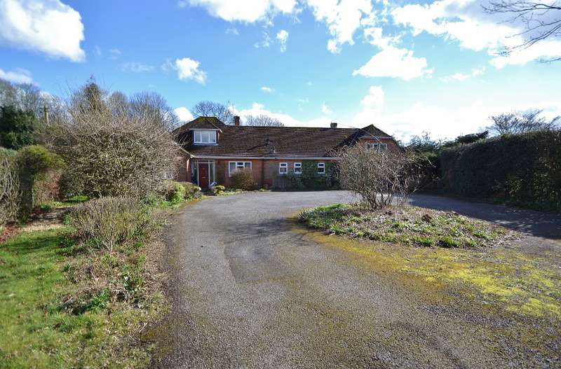 4 Bedrooms Bungalow for rent in Otterbourne