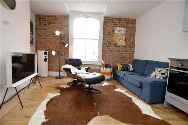 1 Bedroom Flat for sale in 24B, Gloucester Street, Stroud, Gloucestershire, GL5 1qg