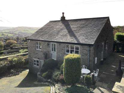 4 Bedrooms Detached House for sale in Stoneheads, Whaley Bridge, High Peak, Derbyshire
