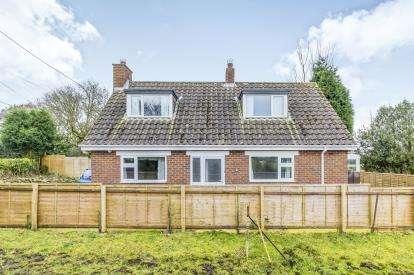 3 Bedrooms Bungalow for sale in Clough Lane, Werrington, Staffordshire, Staffs