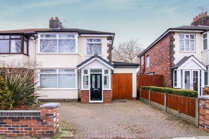 3 Bedrooms Semi Detached House for sale in Rosslyn Avenue, Maghull, Liverpool, Merseyside, L31