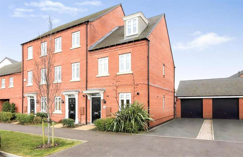3 Bedrooms Property for sale in Templar Road, Ashby-De-La-Zouch, LE65...