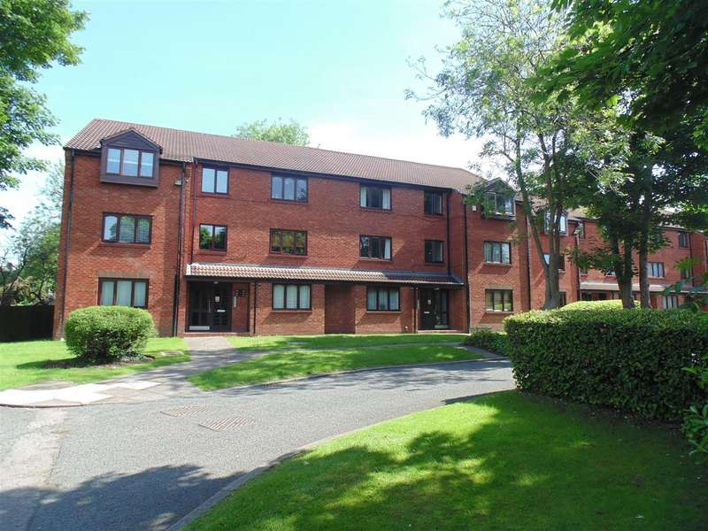 2 Bedrooms Flat for sale in Knights Close, Erdington