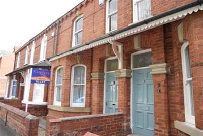 4 Bedrooms Terraced House for rent in Wigginton Terrace, Wigginton Road