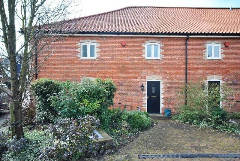 4 Bedrooms Semi Detached House for sale in Cuthberts Maltings, Diss, Norfolk
