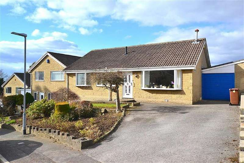 3 Bedrooms Bungalow for sale in Fairfield Drive, Burnley, Lancashire