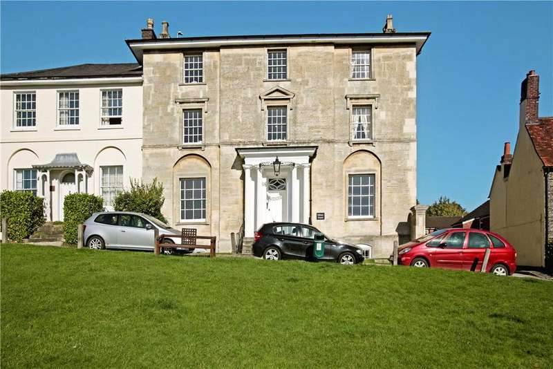 2 Bedrooms Apartment Flat for rent in Silbury House, 10 The Green, Marlborough, Wiltshire, SN8