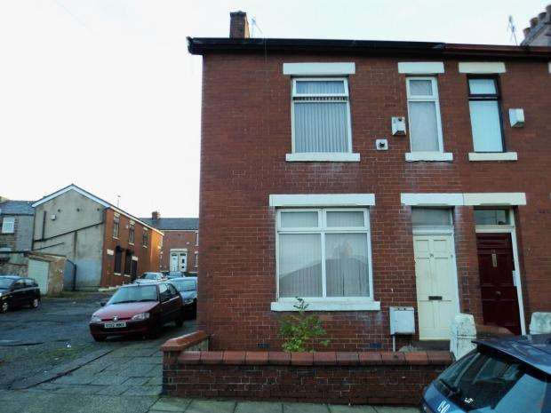 3 Bedrooms End Of Terrace House for sale in Ronald Street Blackburn