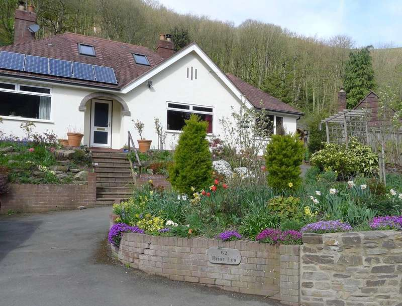 4 Bedrooms Detached Bungalow for sale in 62 Ludlow Road, Church Stretton SY6