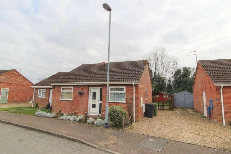 2 Bedrooms Semi Detached Bungalow for sale in Barley Way NR17 1YD, ATTLEBOROUGH, Norfolk, norfolk