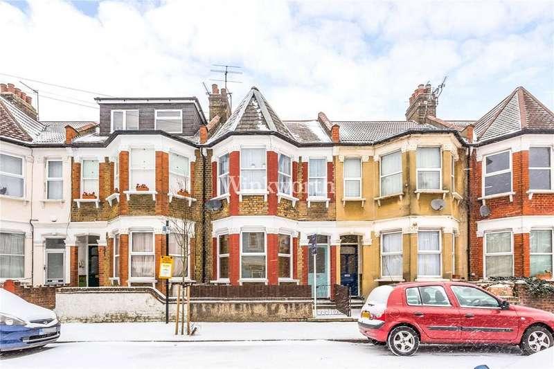 1 Bedroom Flat for sale in Kirkstall Avenue, London, N17